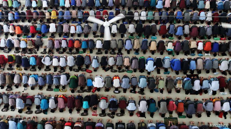 الصلاة في أندونيسيا