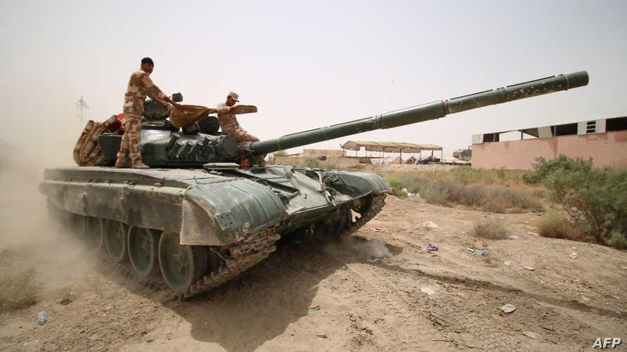 قوات عراقية تحارب داعش في الفلوجة