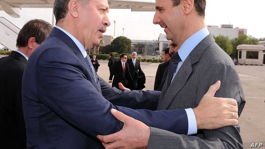 صورة سابقة للرئيس التركي مع نظيره السوري