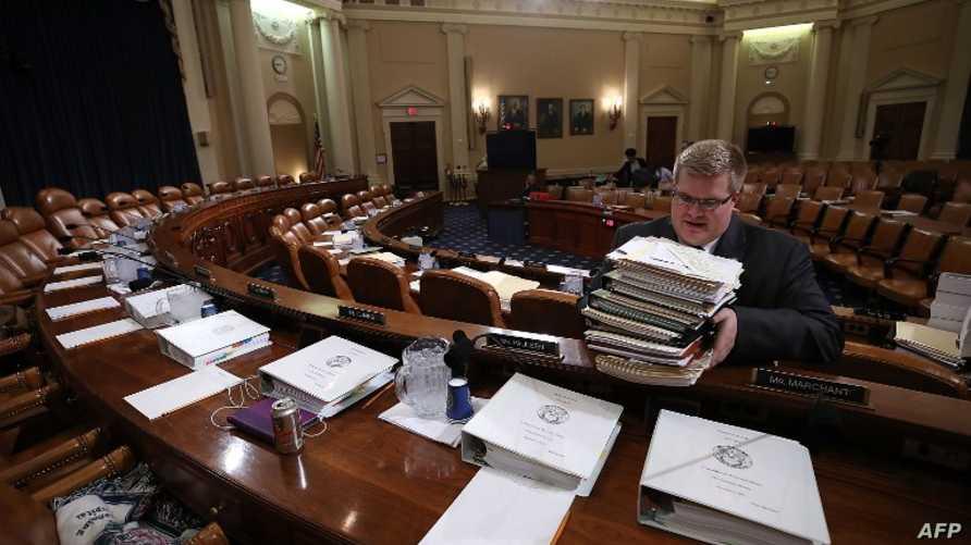 التجهيز لإحدى جلسات الكونغرس بشأن مشروع قانون الضرائب