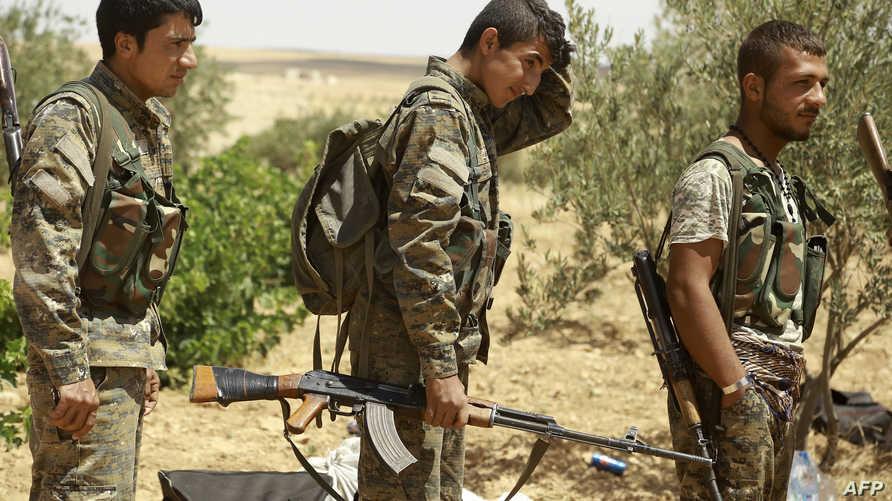 قوات كردية قرب منبج