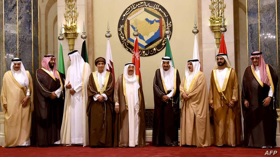 قادة دول التعاون الخليجي في اجتماع سابق، أرشيف