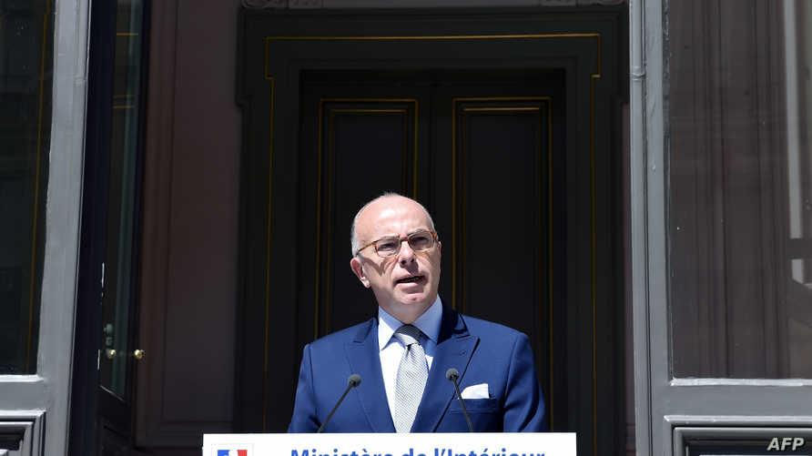 وزير الداخلية الفرنسي برنار كازنوف (أرشيف)