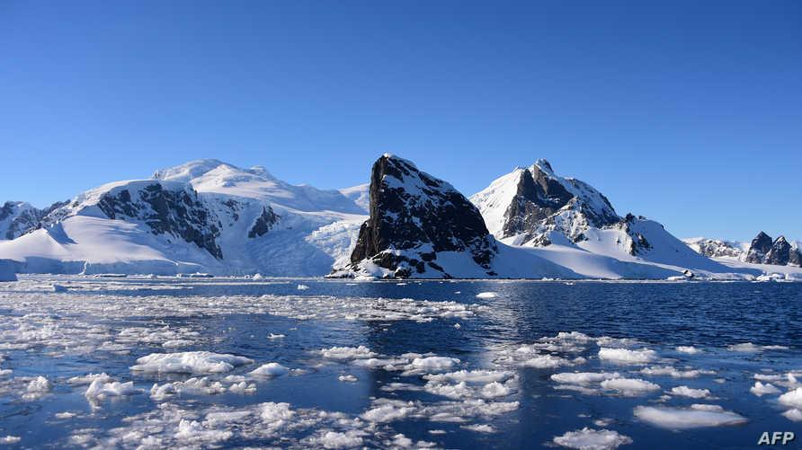 سجل العلماء البرازيليون درجة حرارة القطب الجنوبي أعلى بـ 20 درجة مئوية لأول مرة في جزيرة سيمور - أنتاركتيكا