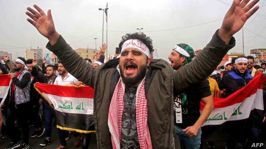 المتظاهرون يقطعون شوارع رئيسية في بغداد والمحافظات