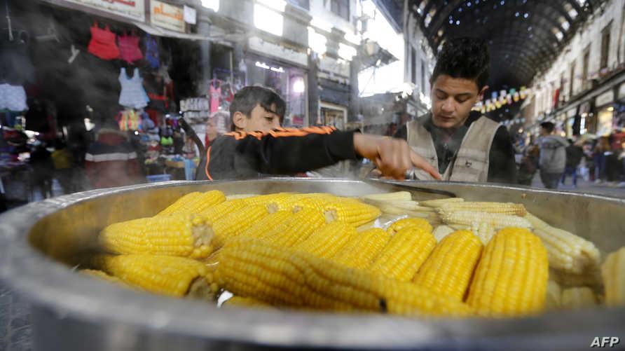 شهدت معظم المواد الغذائية والتموينية ارتفاعا قياسيا في أسعارها على وقع انخفاض قيمة الليرة مقابل الدولار