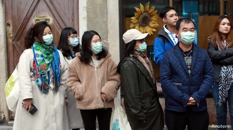 الصين تسمح لغير المقيمين في ووهان بمغادرة المدينة