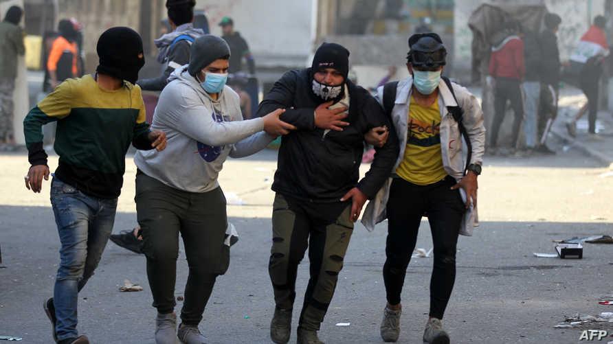 تعذيب واغتصاب.. تقرير يحذر: عناصر مخابرات يملؤون ساحة التحرير