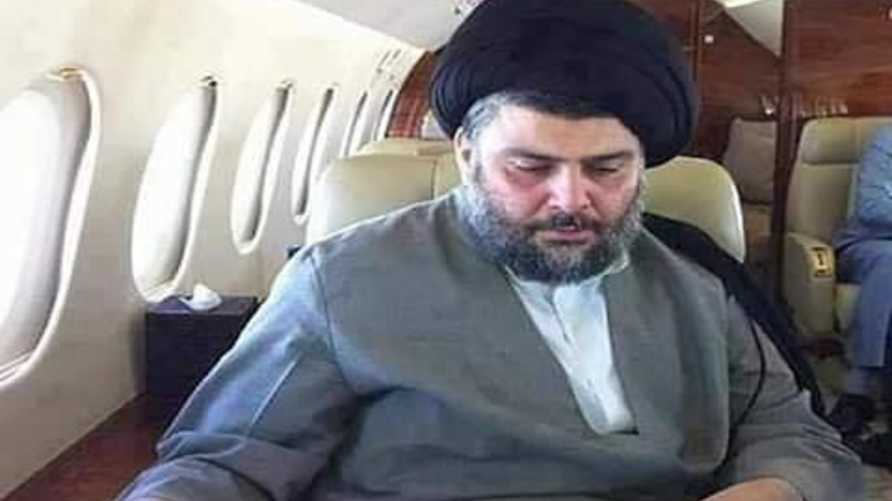 مقتدى الصدر على متن طائرته الخاصة (الصورة من مواقع التواصل الاجتماعي)