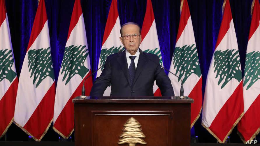 يواجه لبنان نقصا حادا في السيولة وكورونا يفاقم أزمة البلاد