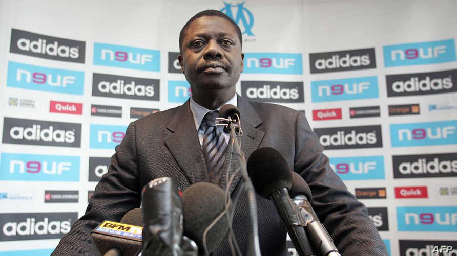 وفاة بابي ضيوف رئيس نادي مرسيليا بسبب إصابته بفيروس كورونا