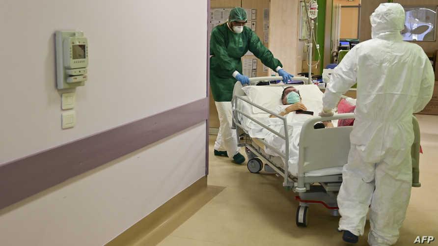 عدد الوفيات بكوفيد-19 يبلغ أدنى مستوى في إيطاليا منذ أسبوعين