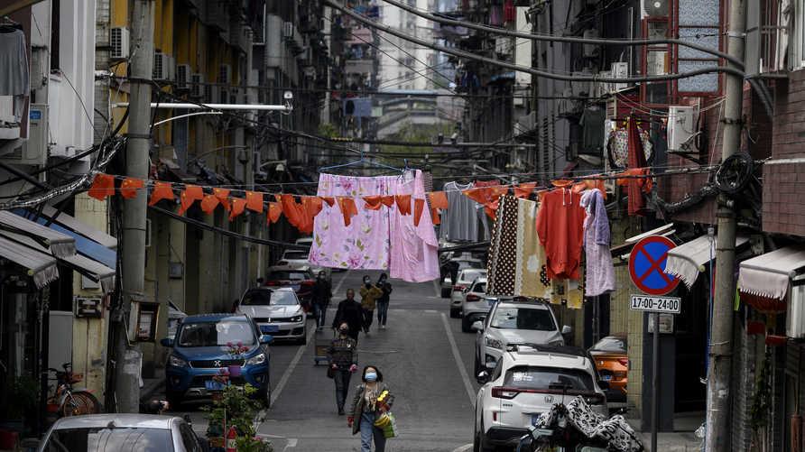 رفعت السلطات الصينية إجراءات الإغلاق التيفرضت قبل شهرين على ووهان التي انطلق منها كورونا المستجد
