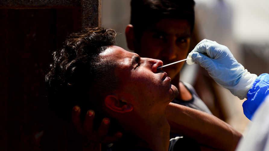 أنباء عن وفاة شاب في العراق بسلالة أوروبية من فيروس كورونا المستجد