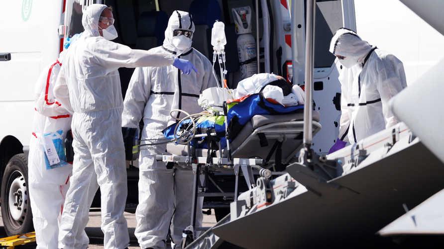 ما سبب وفاة بعض الشباب بفيروس كورونا؟