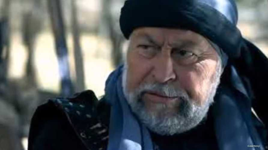 أبو القاسم توفي بأزمة قلبية
