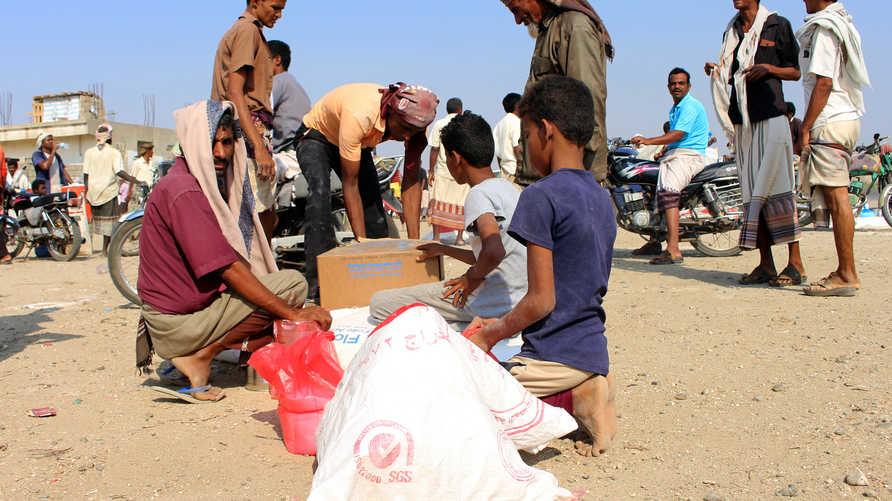 يحتاج أربعة من كل خمسة يمنيين إلى مساعدات إنسانية