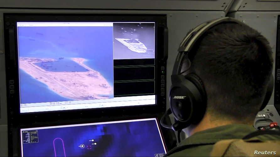 تسمح المعاهدة للأطراف الموقعة بإجراء طلعات مراقبة جوية فوق أراضي الدول الأخرى
