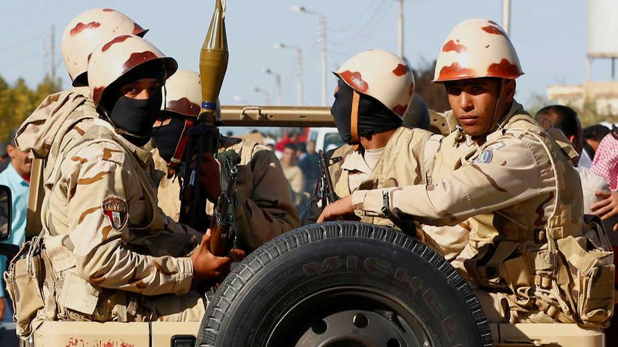 عناصر من الجيش المصري في شمال سيناء