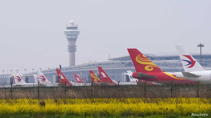 مطار هونغ كونغ واحد من أكثر مطارات العالم ازدحاماً