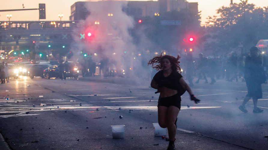 اندلعت احتجاجات في عدد من المدن تحول بعضها إلى أعمال عنف