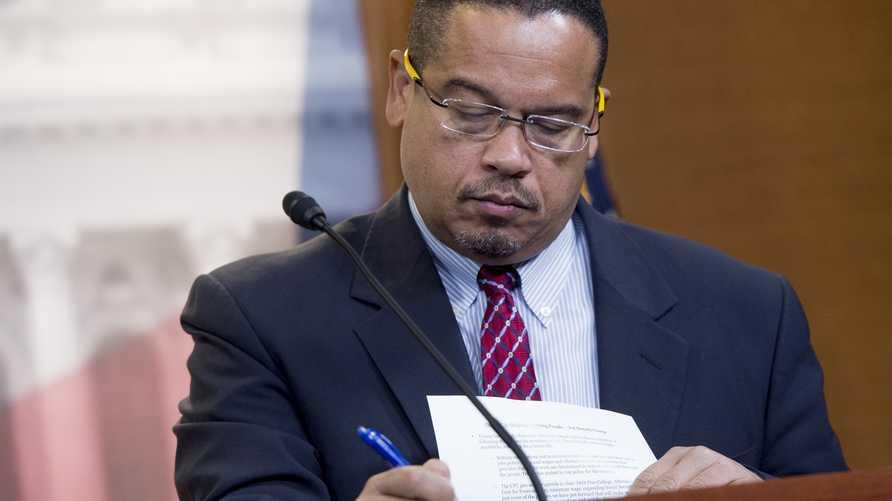 المدعي العام لولاية مينيسوتا الذي يقود التحقيق في القضية الشائكة حول وفاة جورج فلويد التي أشعلت الاحتجاجات