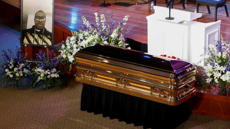 أدى مقتل فلويد إلى إعادة إشعال الغضب القديم إزاء قتل الشرطة لأميركيين من أصل أفريقي