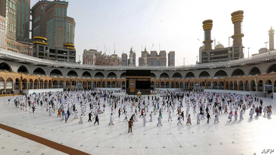 السعودية بصدد العودة التدريجية للعمرة ولكن مع مراعاة احترازات صحية