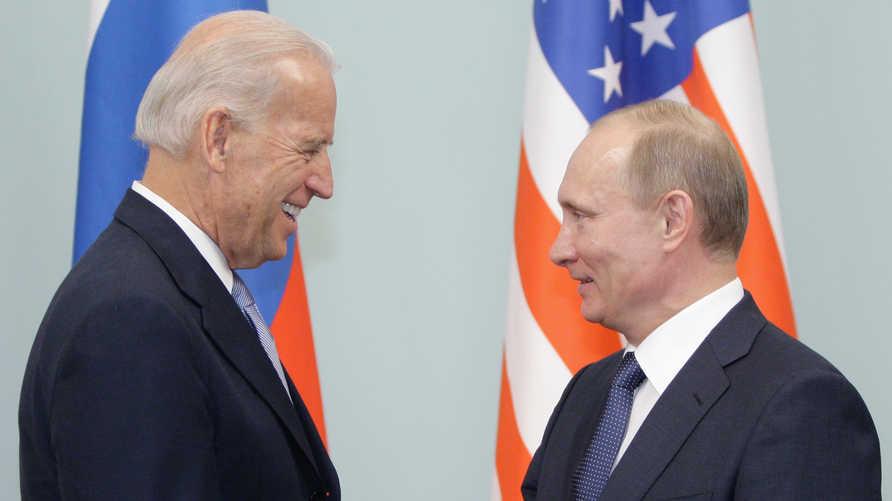 פגישה קודמת בין פוטין לג'ו ביידן כשהיה סגן הנשיא אובמה