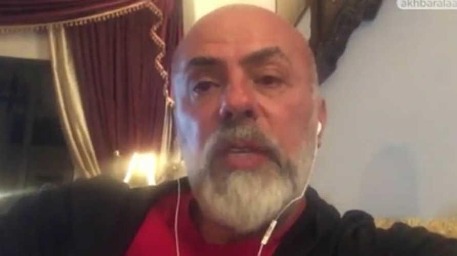 الفنان اللبناني وجيه صقر في لقطة من الفيديو