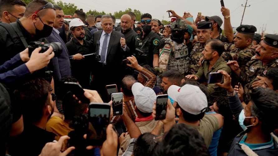 الكاظمي يزور البصرة مجددا ويدعو وفد من المتظاهرين لاجتماع في بغداد
