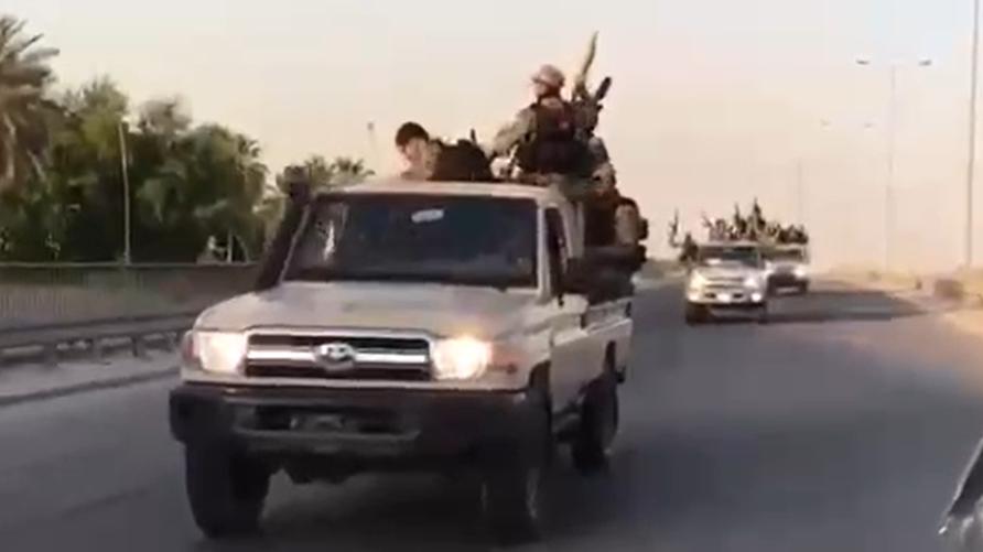أرتال تابعة للحشد شوهدت تتجه إلى بغداد من مناطق مختلفة