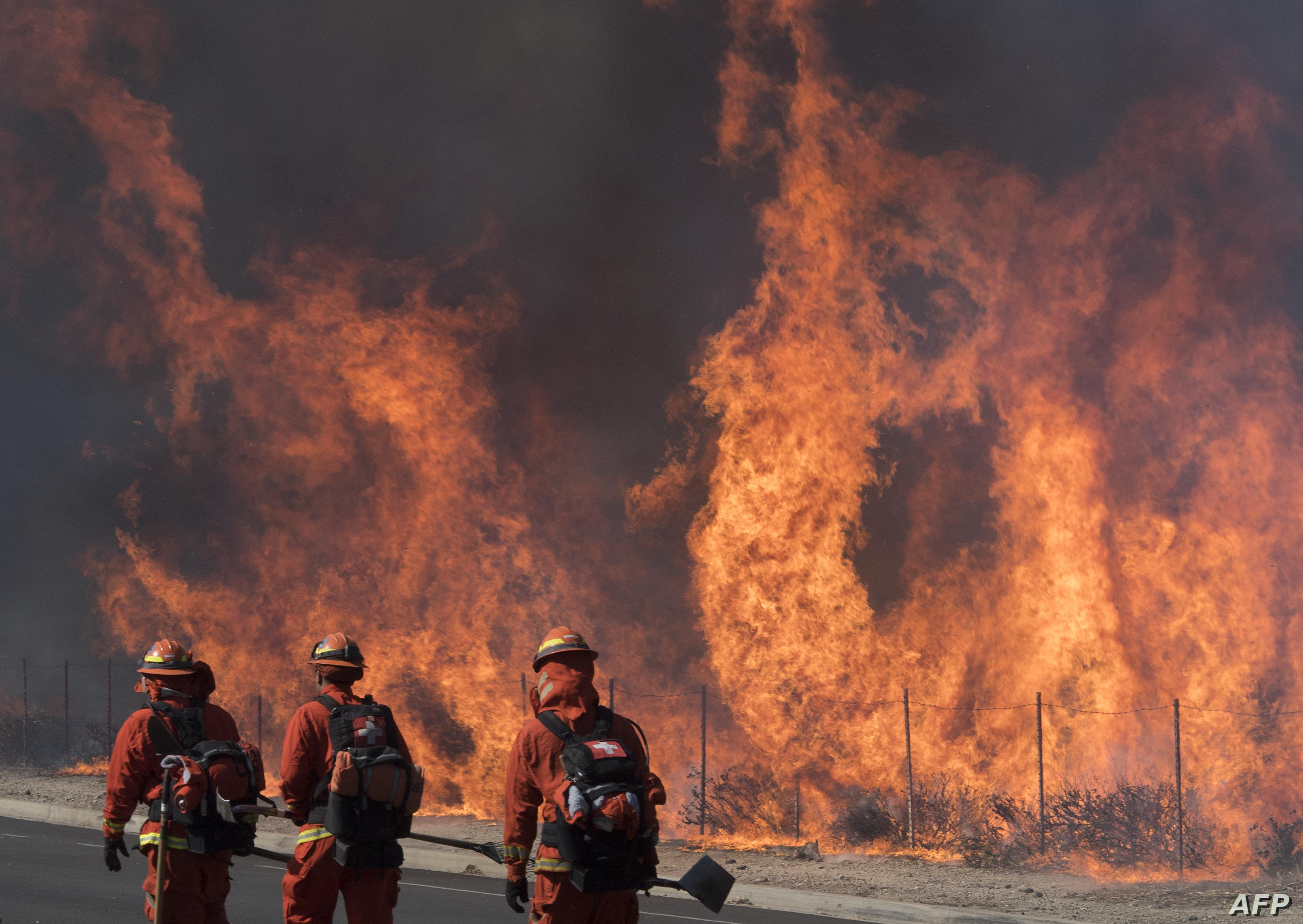 صور وفيديو ولاية كاليفورنيا تكافح حرائق مرعبة الحرة