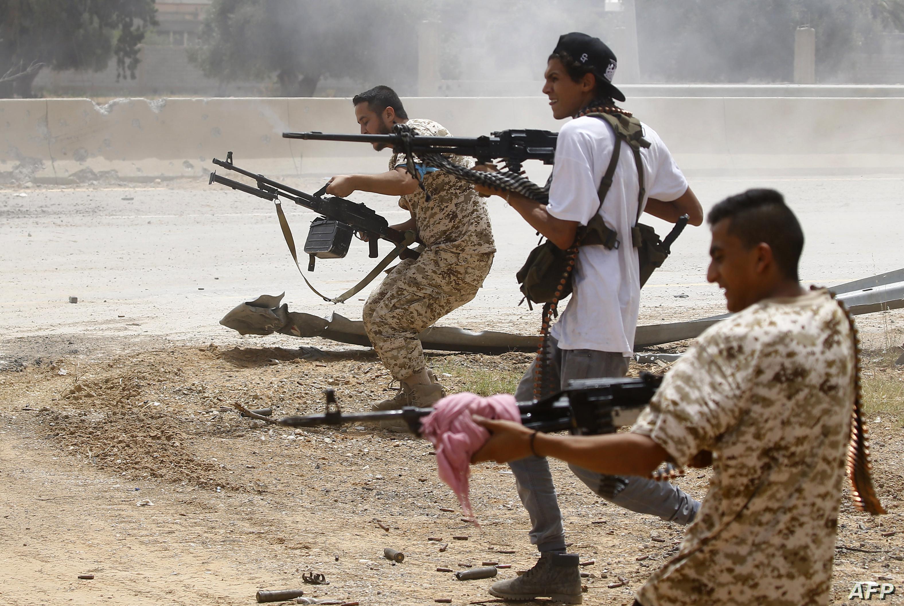 وصول دفعة جديدة من المقاتلين السوريين إلى ليبيا.. والمئات يستعدون ...