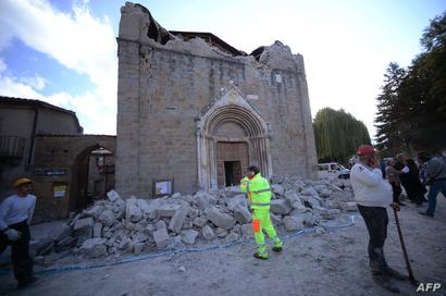 كنيسة دمرها الزلزال
