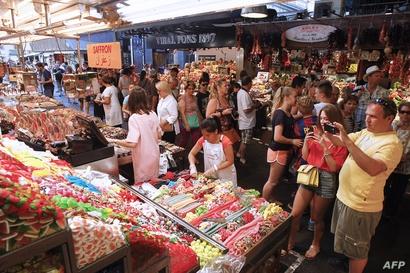 أحد الأسواق في برشلونة