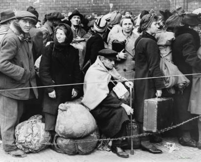 نازحون ألمان أثناء الحرب العالمية الثانية