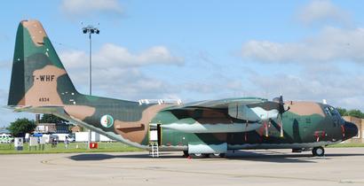 طائرة C-130 تتبع لقوات الصاعقة (النخبة) الجزائرية