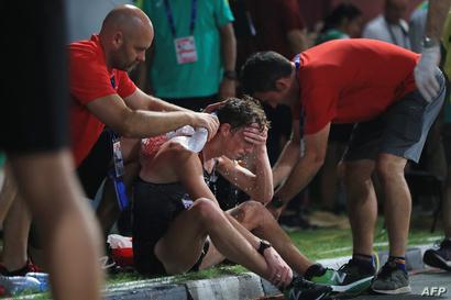 رياضي لم يستطع إكمال السباق بسبب الحرارة الشديدة - 29 سبتمبر 2019
