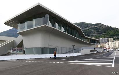 محطة بحرية في ميناء ساليرنو جنوب إيطاليا