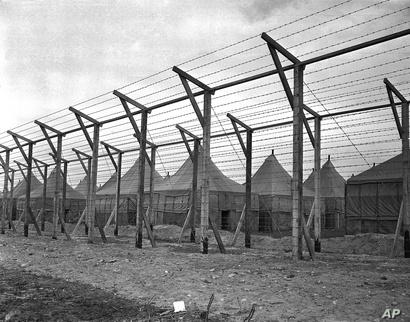 جانب من مخيم احتجز فيه يابانيون في أبتن بنيويورك