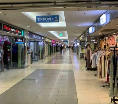 مراكز التسوق هجرت في دايجو بسبب تفشي فيروس كورونا