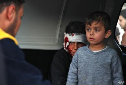 طال القصف مدارس تأوي نازحين في إدلب