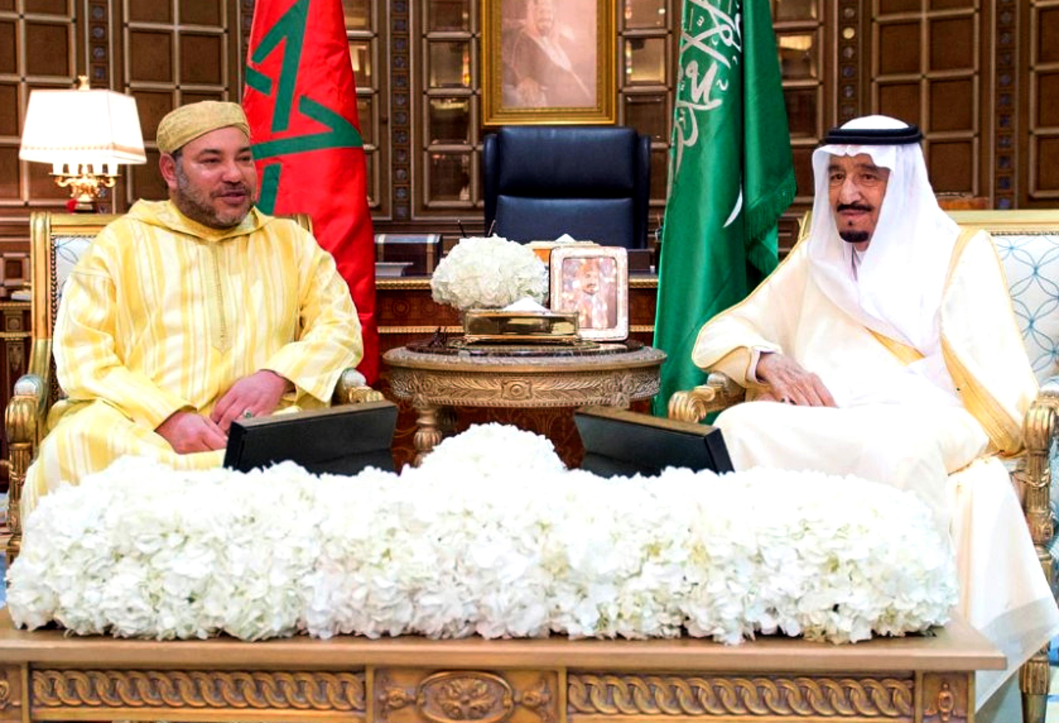 العاهل السعودي الملك سلمان بن عبد العزيز رفقة الملك محمد السادس