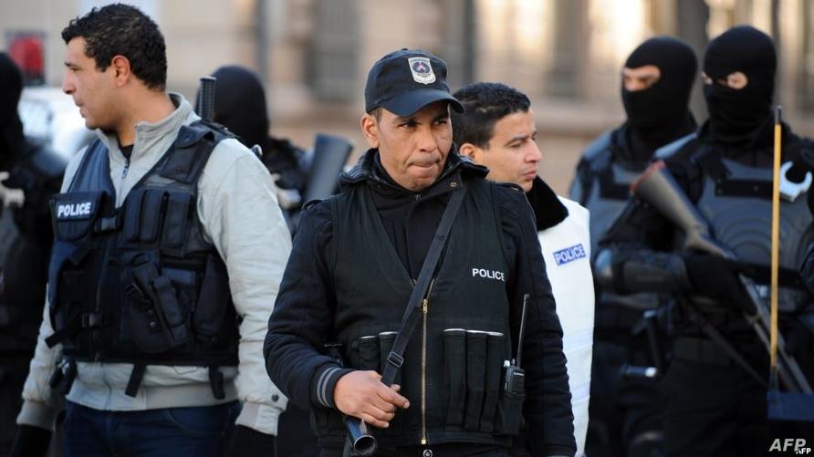 عناصر في قوات الشرطة التونسية (أرشيف)