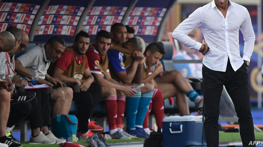 هيرفي رونار خلال مباراة ناميبيا