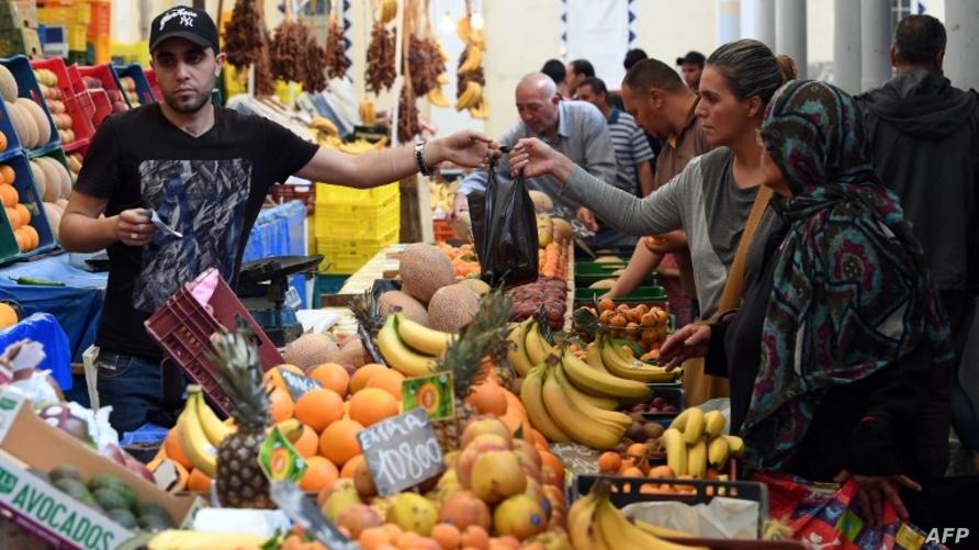 سوق شعبي في تونس العاصمة - أرشيف