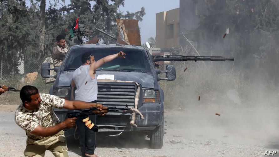 مسلحون في اشتباكات قرب طرابلس (أرشيف)