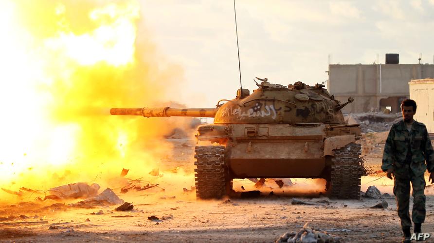 عنصر من قوات حفتر في بنغازي (أرشيف)