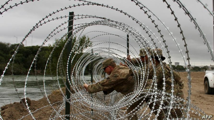 جنود أميركيون على الحدود مع المكسيك